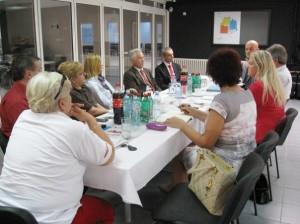 """Privredna komora MSPP pomaže u povezivanju poslodavaca i polaznika obuka u projektu """"Znanje svima"""""""